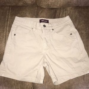 Lee riveted shorts. 4M.